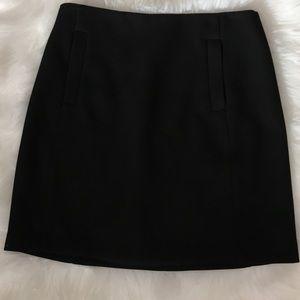 Banana Republic black fully lined skirt